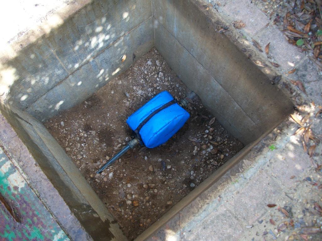 Compteurs eau relev s par radiofr quences veolia - Regard compteur d eau exterieur ...