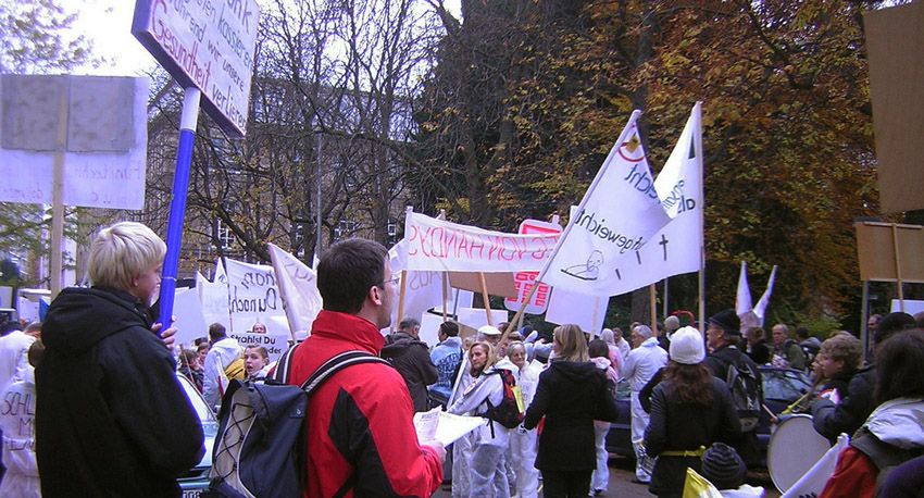 EHS_Demo_in_Stuttgart_14_11_2009_10