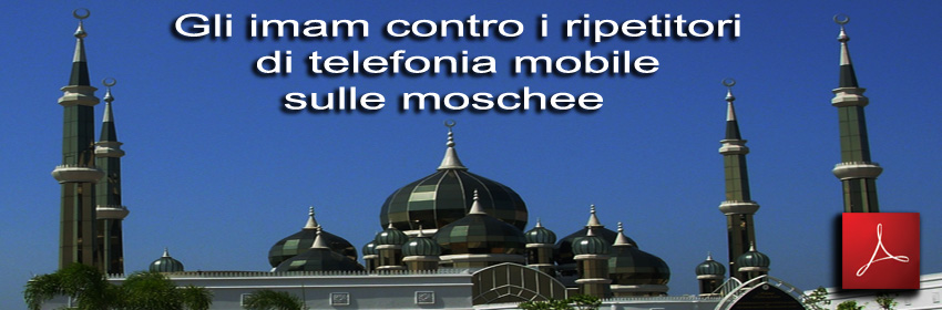 Imam_contro_ripetitori_telephonia_mobile_sulle_antennes_relais_moschee_foto_Terengganu_Malaysia