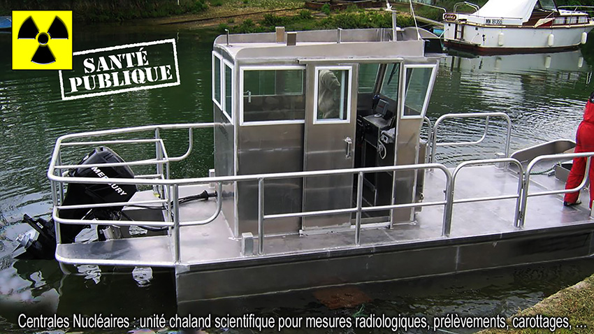 Unite_scientifique_chaland_mesures_prelevements_divers_carottages_850.jpg